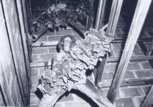 tobacco-hanging